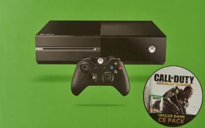 Consola Xbox One con el Call of Duty Advanced Warfare