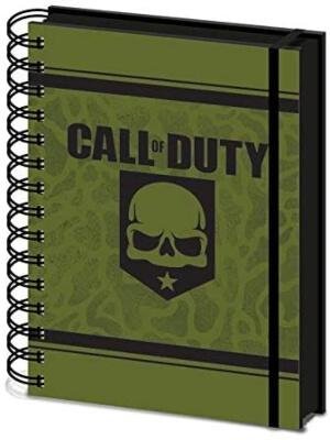 Cuaderno de Call of Duty con cubierta de carton