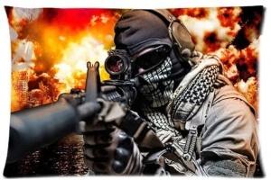 Funda de almohada soldado con arma Call of Duty