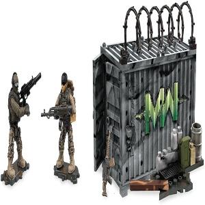 Juguetes dos personajes en mapa del Call of Duty Modern Warfare