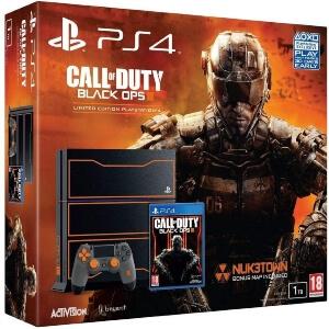 Playstation 4 con el logo de Call of Duty Black Ops 3